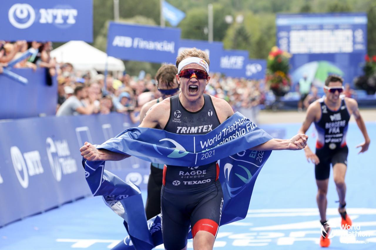 Olympic Champion Kristian Blummenfelt surges into the history books with world title in Edmonton – World Triathlon