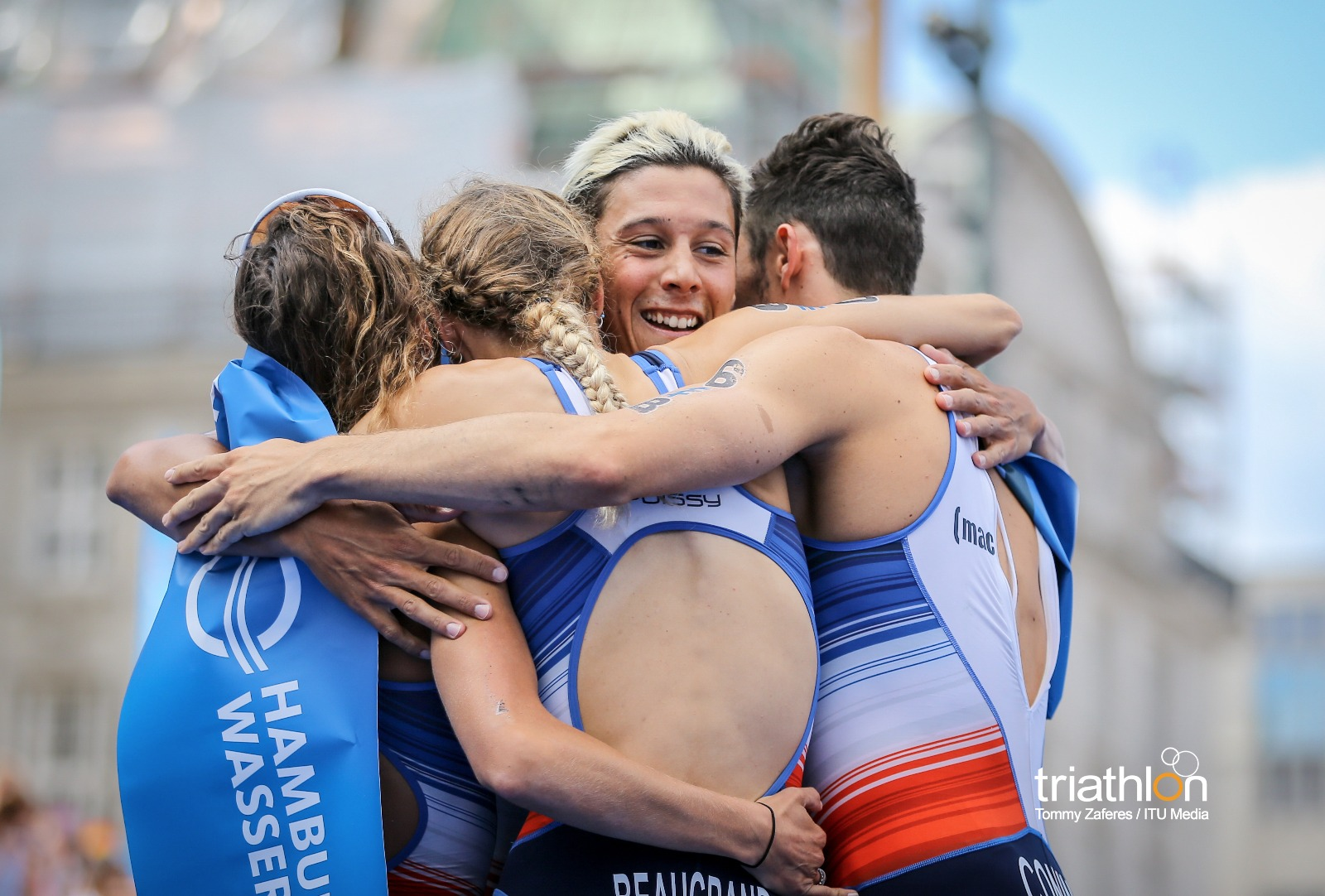 French team shows true colours to secure Mixed Relay World title in Hamburg   Triathlon.org