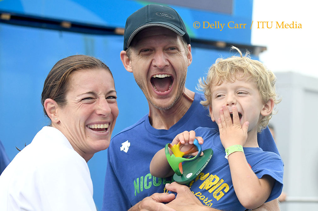 Nicola Spirig celebrating with family
