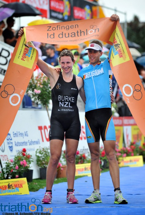 zofingen women 51716 it was a windy start at the 2016 racing of the american zofingen the preferred gear choice of the morning seemed to be fleece pajama bottoms over tri-shorts.